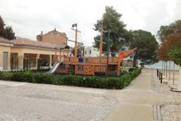 Детская площадка в Тивате