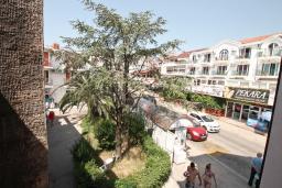 Черногория, Игало : Уютная студия в центре Игало в 20 метрах от моря