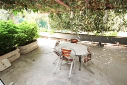 Терраса. Черногория, Святой Стефан : Апартамент для 2-4 человек, с отдельной спальней, с террасой