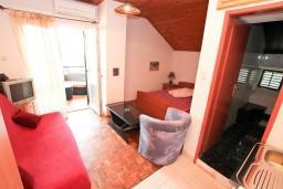 Студия (гостиная+кухня). Черногория, Селяново : Студия для 2-4 человек, 50 метров до моря