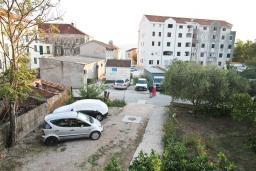 Вид. Черногория, Селяново : Апартамент для 2-4 человек, с отдельной спальней, 70 метров до моря