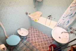 Черногория, Прчань : Студия для 2-3 человек, 10 метров до моря