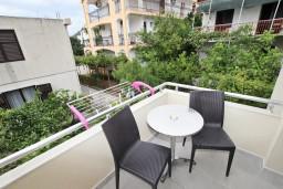 Черногория, Булярица : Апартамент для 2-4 человек, с отдельной спальней, с балконом