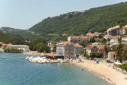 Мельине : хороший пляж и инфраструктура