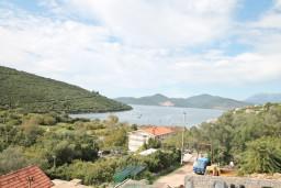 Вид на море. Черногория, Бигова : Студия для 2 человек, с террасой с видом на море