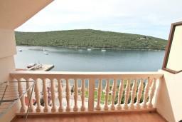 Балкон 2. Черногория, Бигова : Апартамент с отдельной спальней, с 2-мя балконами с шикарным видом на море, 20 метров до пляжа
