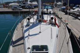 Парусная яхта Beneteau Oceanis 44cc : Черногория
