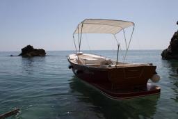 Прогулочная лодка Riva : Черногория