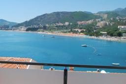 Вид на море. Черногория, Рафаиловичи : Апартамент №602 с отдельной спальней и видом на море