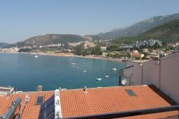 Вид на море. Черногория, Рафаиловичи : Апартамент №601 с отдельной спальней и видом на море