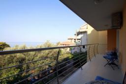 Балкон. Черногория, Святой Стефан : Люкс апартамент с 2-мя спальнями и видом на море (№4 APP 04 LUX SV)