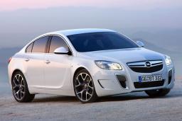 Opel Insignia 2.0 автомат : Черногория