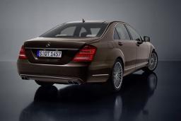 Mercedes S 350 3.5 автомат : Черногория