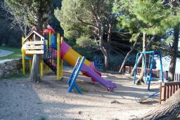 Детская площадка в