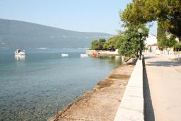 Nearest beach. Montenegro, Baosici : House with 4 bedrooms in Baosici for 12 guests