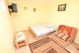 Студия (гостиная+кухня). Черногория, Зеленика : Студия для 2-3 человек