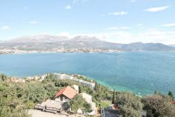 Вид на море. Продается квартира в Нивице. 35м2, гостиная, спальня, балкон с шикарным видом на море, 400 метров до пляжа, цена - 65'000 Евро. в Нивице