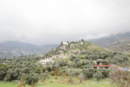 Вид. Черногория, Булярица : Апартамент с гостиной, с отдельной спальней, с балконом с видом на горы