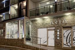 Фасад дома. Aria 4* в Герцег Нови