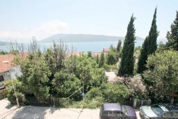 Вид на море. Черногория, Герцег-Нови : Двухместный номер Комфорт с балконом и видом на море