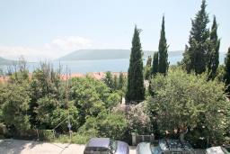 Вид на море. Черногория, Герцег-Нови : Двухместный номер с панорамным видом на море