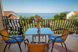 Балкон. Черногория, Каменово : Апартаменты для 4-5 человек, с 2-мя отдельными спальнями, с 2-мя балконами с видом на море