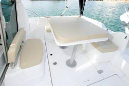 Моторная яхта Beneteau Antares 7 : Черногория