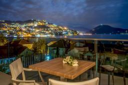 Черногория, Игало : Улучшенный номер с 1 кроватью и видом на море