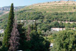 Вид. Черногория, Петровац : Трехкомнатная квартира с видом на море, с гостиной и двумя отдельными спальнями, для 4-5 человек