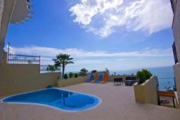 Swimming pool. Montenegro, Dobra Voda : Villa with 3 bedrooms in Dobra Voda for 8 guests