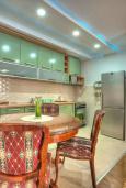 Кухня. Черногория, Святой Стефан : Вилла с бассейном и большой террасой, гостиная, 3 спальни, 3 ванные комнаты, Wi-Fi