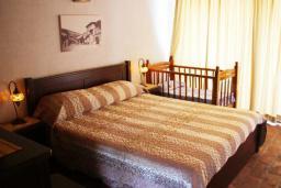 Спальня 2. Черногория, Велика плажа : Пентхаус с большой гостиной, двумя спальнями, балконами с шикарным видом на море