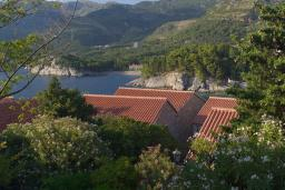 Вид на море. Черногория, Святой Стефан : Deluxe Cottage