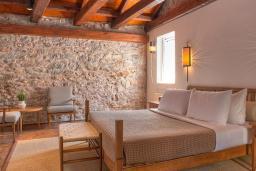 Спальня. Черногория, Святой Стефан : Grand Suite