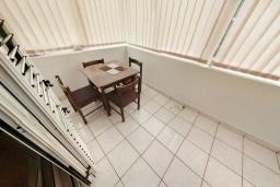 Балкон. Черногория, Святой Стефан : Апартамент с гостиной и отдельной спальней