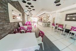 Кафе-ресторан. Magnolia 4* в Тивате