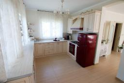 Kitchen. Montenegro, Susanj : Villa with 5 bedrooms in Susanj for 10 guests