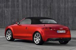 Audi TT TFSI Cabrio 2.0 автомат кабриолет : Черногория