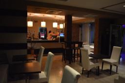 Кафе-ресторан. Kangaroo 3* в Будве