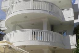 Фасад дома. Jovana 3* в Будве