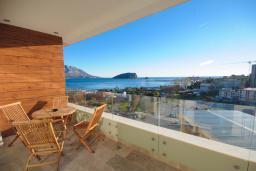 Балкон. Черногория, Будва : Студия в 50 метрах от пляжа с балконом и видом на море