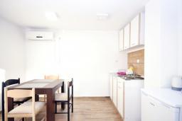 Студия (гостиная+кухня). Черногория, Рафаиловичи : Студио №9 с террасой (Studio 03+1 Garden)