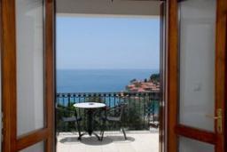 Вид на море. Черногория, Святой Стефан : Трехместная студия с видом на море, на 2 этаже (№4 STUDIO 03/SV)