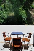 Балкон. Черногория, Святой Стефан : Трехместная студия с видом на сад, на 3 этаже (№5 STUDIO 02+1/PV)