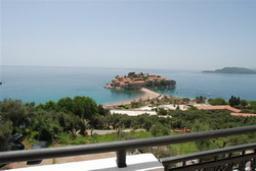 Вид на море. Черногория, Святой Стефан : Апартамент с 1 спальней и видом на море, на 3 этаже (№6 АPP 04/SV)