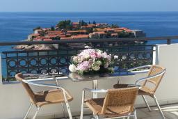 Вид на море. Черногория, Святой Стефан : Трехместная студия люкс с видом на море, на 4 этаже (№9 STUDIO 03 Lux/SV)