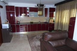 Kitchen. Montenegro, Susanj : Villa with 4 bedrooms in Susanj for 10 guests