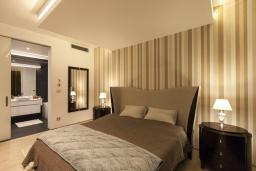 Спальня 2. Черногория, Будва : Роскошный пентхаус с просторной гостиной, двумя спальнями, двумя ванными комнатами и большой террасой с шикарным видом нам море