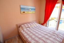 Спальня 2. Черногория, Игало : Шикарный апартамент в 30 метрах от моря, с большой гостиной, двумя спальнями и двумя балконами
