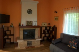 Living room. Montenegro, Radovici : Villa with 4 bedrooms in Radovici for 9 guests